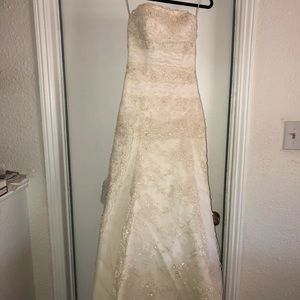 La Sposa Wedding Gown, used for sale